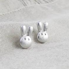 Flopsy bunny silver ear studs