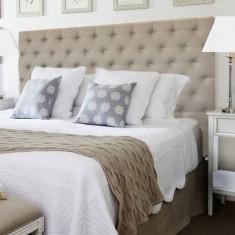 Natural linen buttoned bedhead