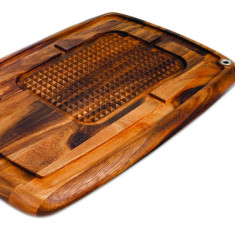 Memphis pyramid carving board in acacia wood