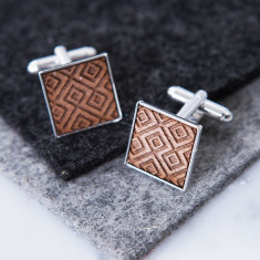 Geometric engraved cufflinks