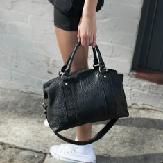 Passing moment leather handbag in black bubble