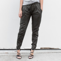 Gemma Leather Pants in khaki