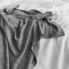 Cable merino throw blanket in mist grey