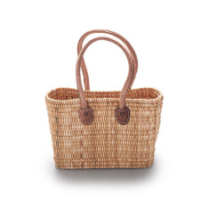 Small reed basket
