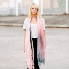 Muriwai linen-blend scarf