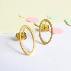 Ellipse gold stud earrings
