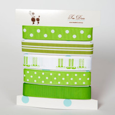 Elf stockings ribbon card in lime