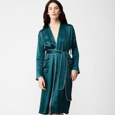Silk robe in diamond