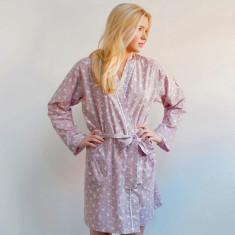 Short kimono robe in dusky pink swallows print