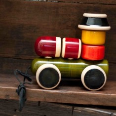 Engine wooden toy