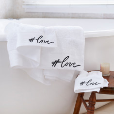 Love Bath Sheet Gift Set