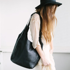 Because the night leather bag in black