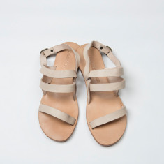 Salina sandal in almond