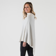 Cashmere poncho in winter white