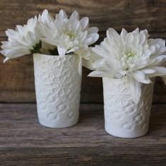 Porcelain tea light holder/vase in daisy print