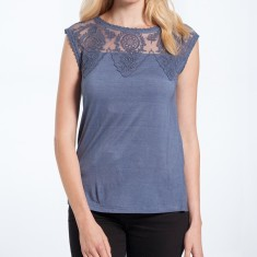 Pia top in ash blue