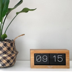 London Clock Company Stor oversized wood flip clock