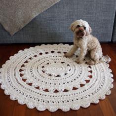 Dhalia round rug