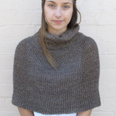 Knitted cropped poncho