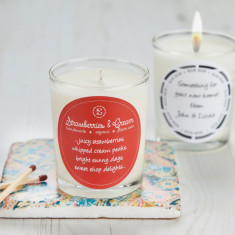 Retro Sweet Scent Strawberries And Cream Candle