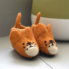 Felt little bear slippers