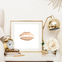 Lips rose gold print