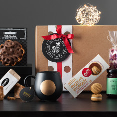 Golden Christmas Moon Hamper