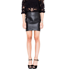Black ST1 tilted short leather skirt