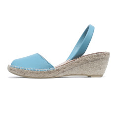 Bosc leather wedge sandals in aqua