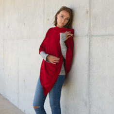 Merino wool poncho in red