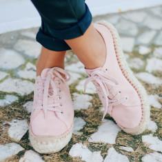Alohas Pink Suede Bambita Shoe