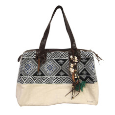 Anah traveller bag in midnight