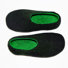 Men's felt slippers in woodland