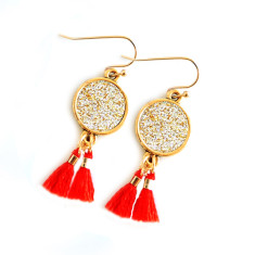 Shanghai red tassel earrings in gold sparkle