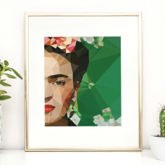 Geometric Frida crop with geometric background print