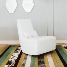 Nueva raya verde cowhide rug