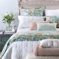Perla bedspread & pillows