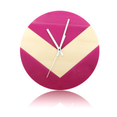 Reverse V clock in magenta