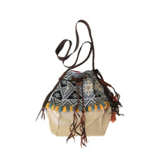 Anah drawstring bag