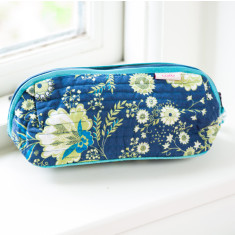 Bella make up bag in French Fleurs Navy print