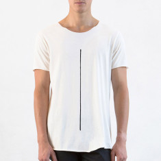 Men's long raw tee line in natural