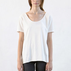 Women's low crew neck tee in natural