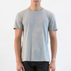 Men's crew neck tee in grey marle
