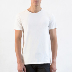 Men's crew neck tee in natural