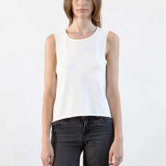 Women's basic tank in natural