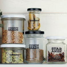 Really useful pantry labels: herbs & spices