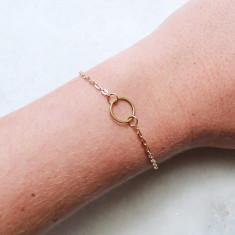 Blaire fine circle bracelet