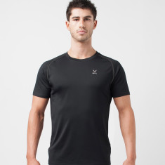 X T-Shirt In Black