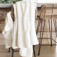 Claudette Chunky Knit Throw - Ivory