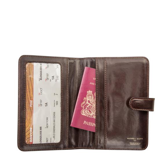 Leather Passport Case - In The Rain by VIDA VIDA 61UWhQ7u